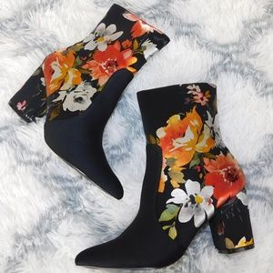 New! Orange/Red Floral Black Ankle Boots